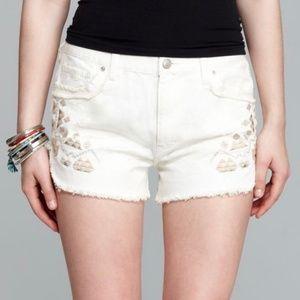 Free People White Denim Distressed Shorts Size 26